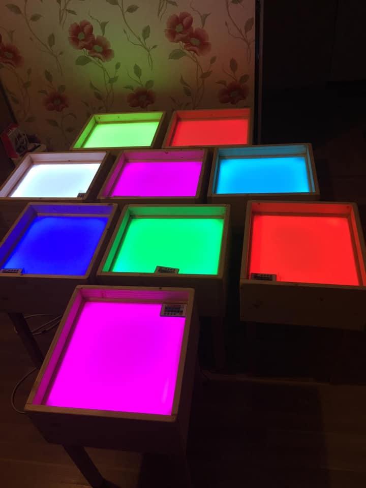 Gaismas galds Montessori nodarbībām 50×50 cm